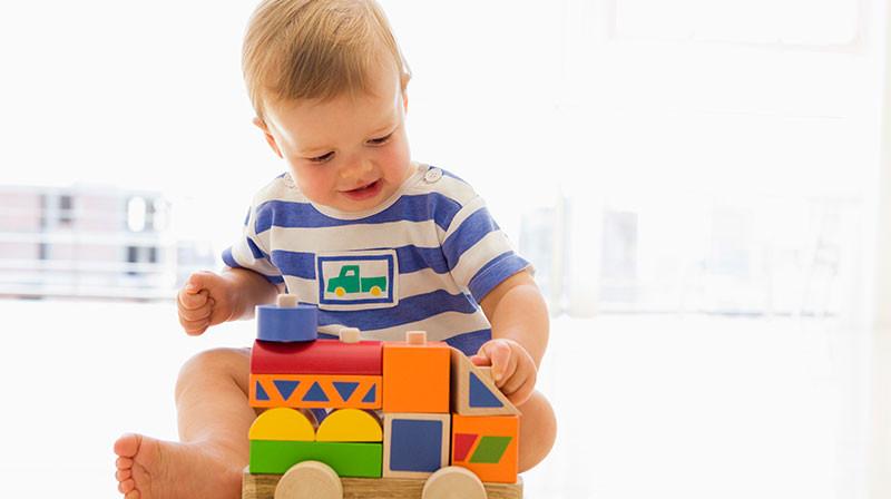 Kako odabrati pravu igračku za svaki period detinjstva